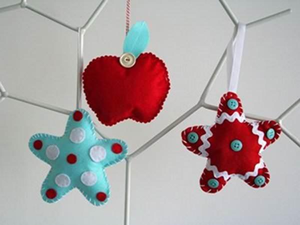 Facem ornamente de Crăciun cu toată familia