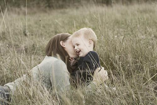Sunt mama si atat. N-am alta meserie – editorial Wow, mamica!