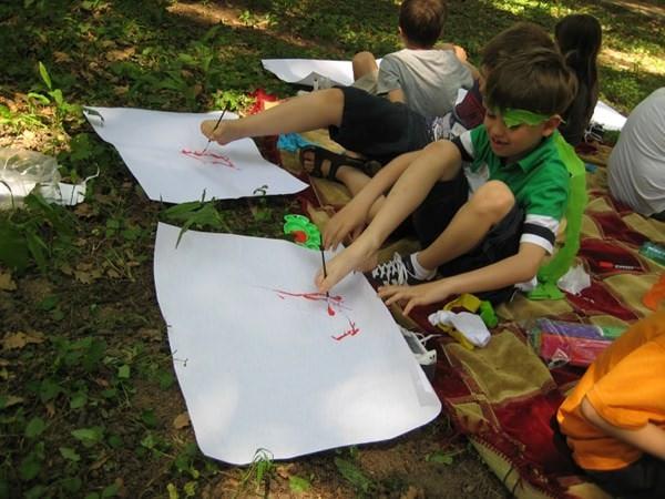 Tabăra unde copiii învață să vadă lumea altfel