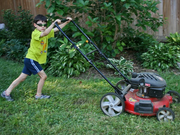 De ce nu dau copiii o mână de ajutor prin casă