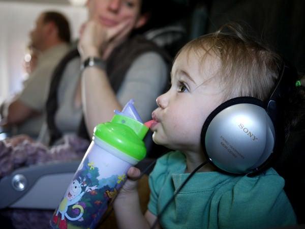 Călătorii cu avionul, alături de cei mici