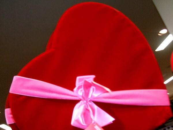 Cadouri inspirate pentru luna iubirii