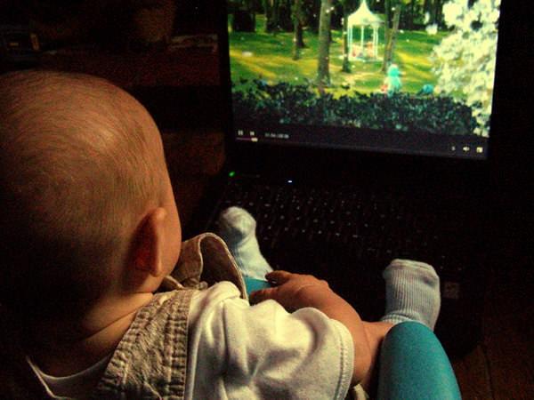 Cât de importantă este stimularea copilului în primii ani de viață