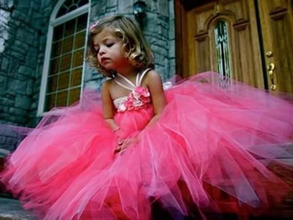 Tutu – neapărat în garderoba oricărei fetițe