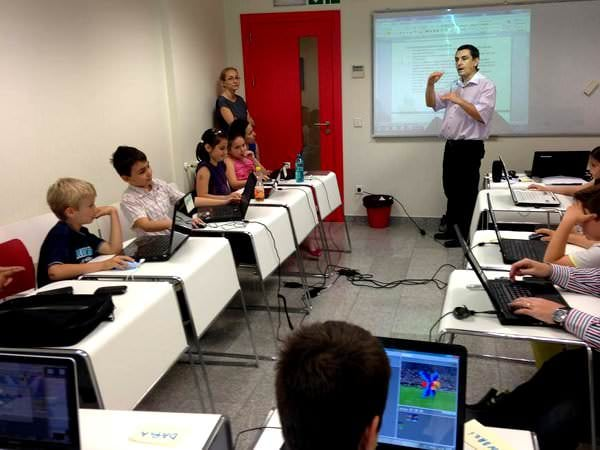 Lecție demonstrativă, gratuită de programare pentru copii