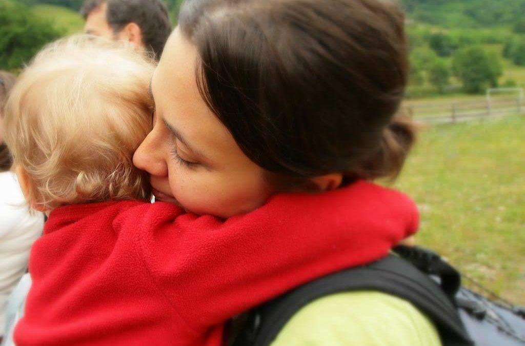 Ce ne facem cu cei care ne judecă atunci când suntem cu copiii noștri