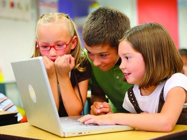Curajul profesorilor de a schimba viitorul copiilor