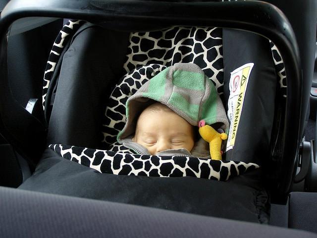 Sfaturi pentru șoferii cu copii, care conduc pe timp de iarnă