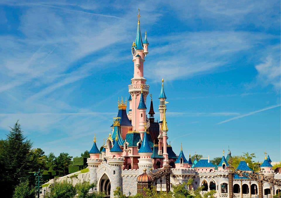 Perioadele perfecte pentru a merge cu toată familia la Disneyland