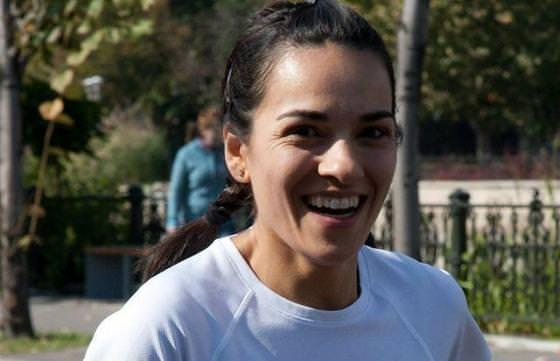 Alerg prin desert pentru prima banca de lapte matern din Romania