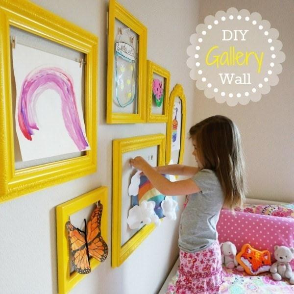 5 modalități faine prin care puteți păstra desenele copiilor