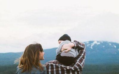 Nu este suficientă iubirea într-o familie pentru a crește un copil