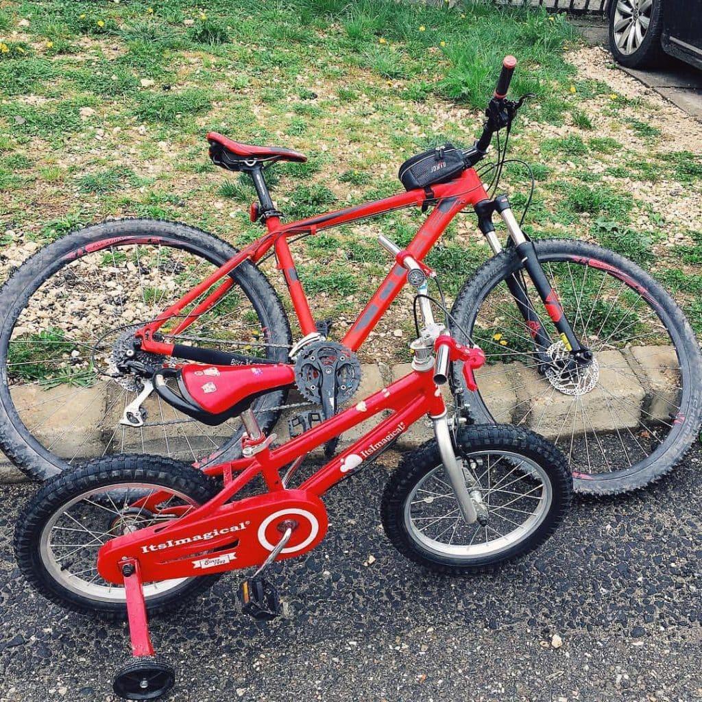 biciclete rosii