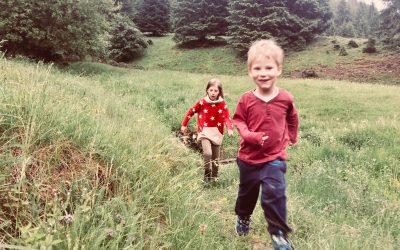 Despre jocul adulților și jocurile copilăriei